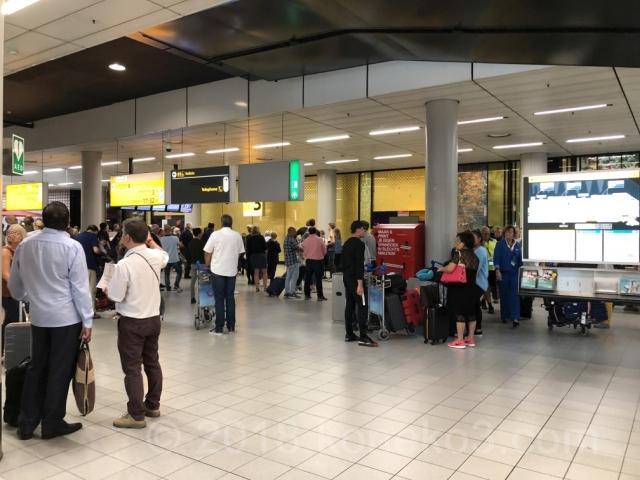 スキポール空港の到着ホール