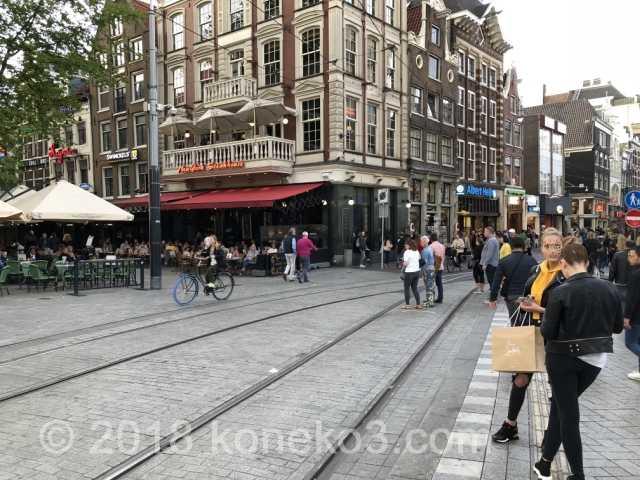 レストランの集まるライツェ広場