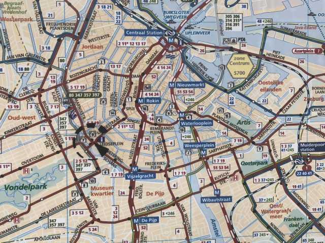 扇型のアムステルダム市街地