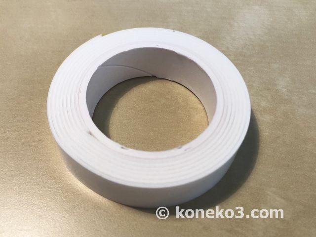 厚みのある両面テープ