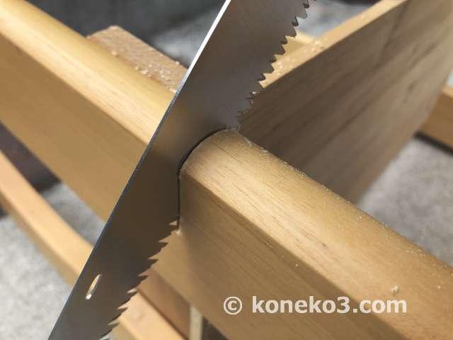 堅めの木材も簡単に切れる