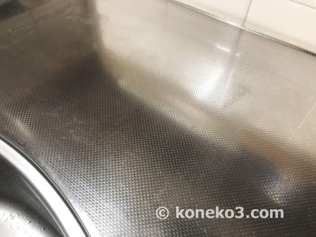キッチン天板の水垢汚れ